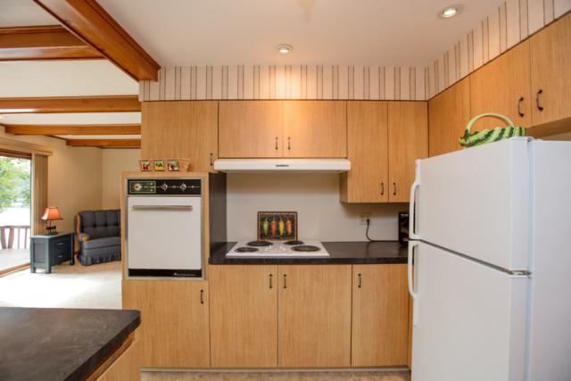 Kitchen- 3996 Four Seasons, Gladwin