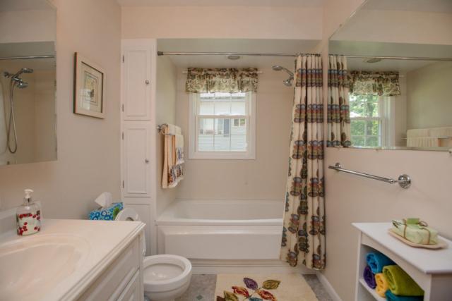 Bathroom- 3996 Four Seasons, Gladwin