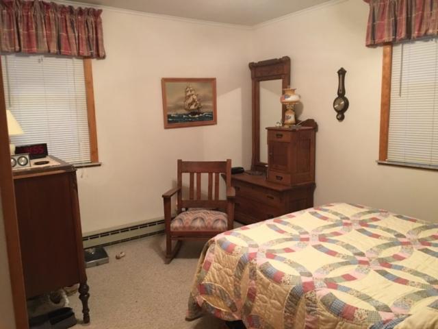 Bedroom 2- 126 Riverside Dr, Beaverton
