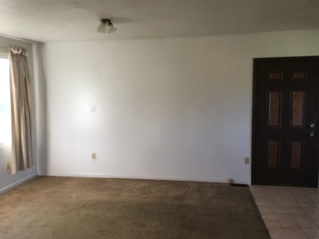 Living Room- 3171 W Shearer, Coleman