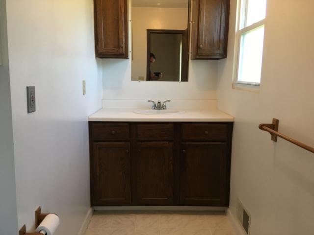 Master Bathroom- 3171 W Shearer, Coleman