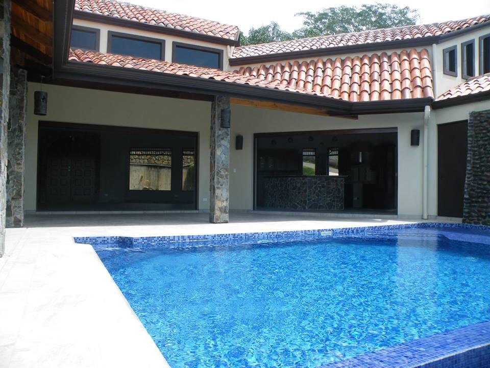 Pool and Patio Area- The Horseshoe