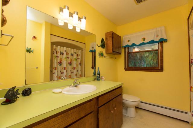 Full Bathroom- 4701 W. Wackerly, Midland