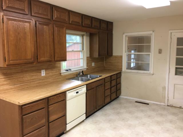 Kitchen- 3122 Lawndale Drive, Midland