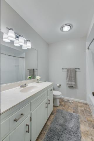 Main Bathroom - 3112 Valorie Lane