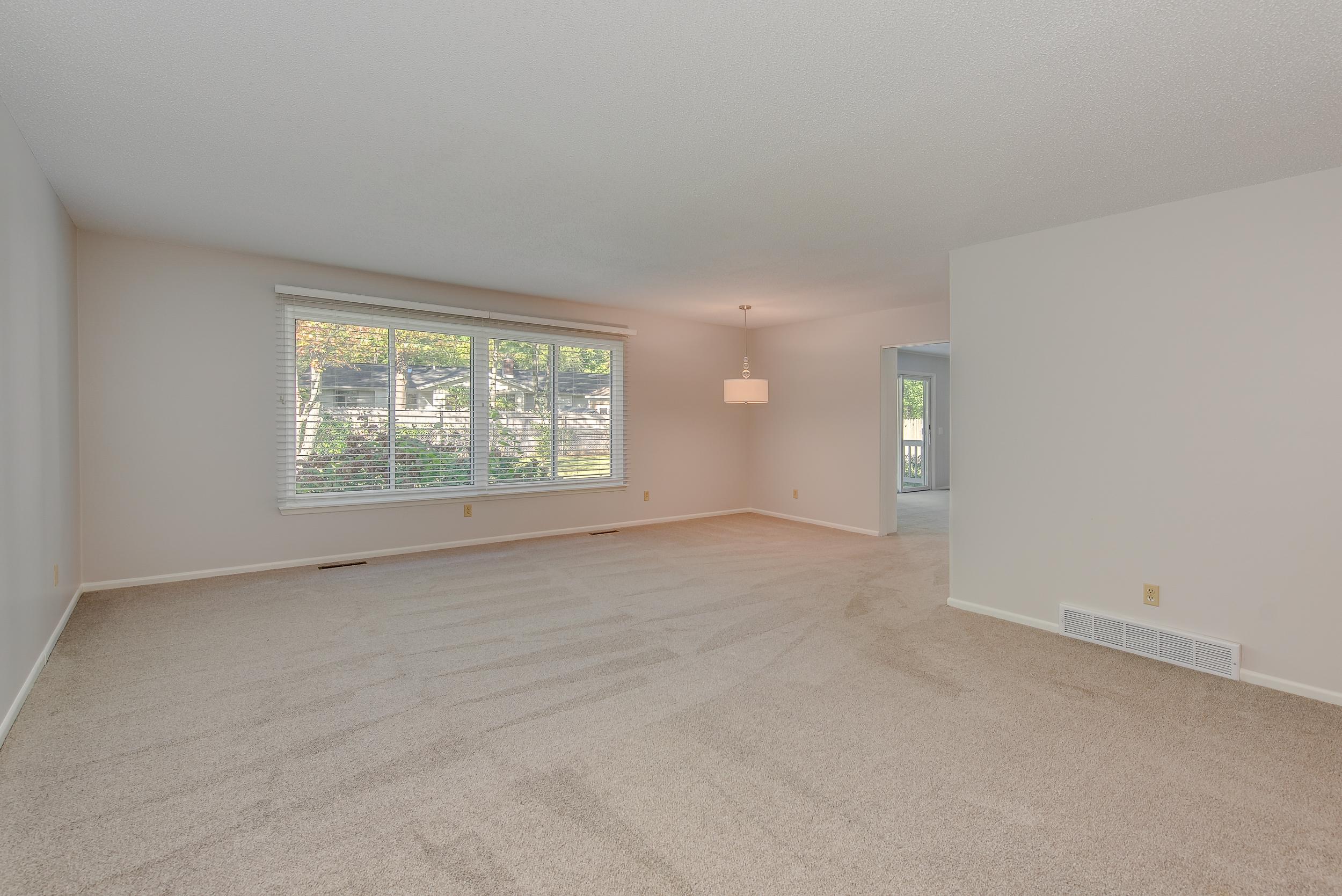Living Room- 3112 Valorie Lane