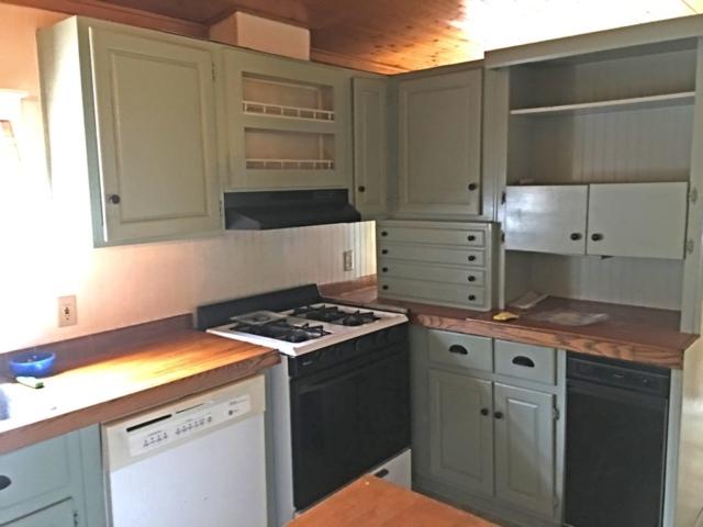 Kitchen- 3375 Birch Point Rd, Beaverton