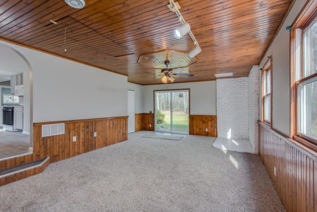 Family Room- 3244 Lyle Rd, Beaverton