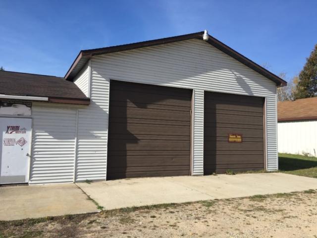 Overhead Doors- 4930 East Townline Lake Road