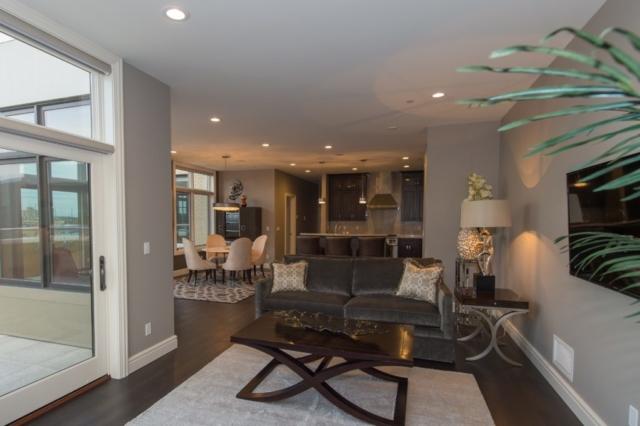 Open Living Area- 9 E Main #404
